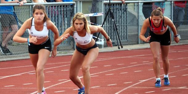 le relais 4x100 du haute bretagne athl tisme qualifi aux