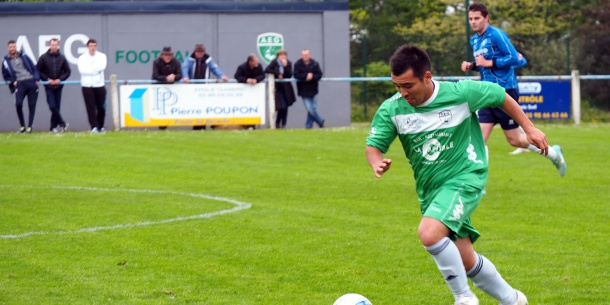 Sp zet se qualifie pour la finale carhaix football for Sites like uloz to